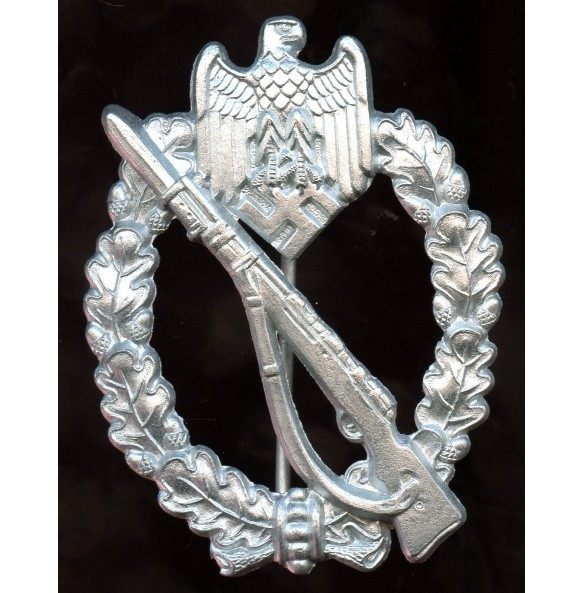"Infantry assault badge in silver by F.W. Assmann & Sohn ""4"""