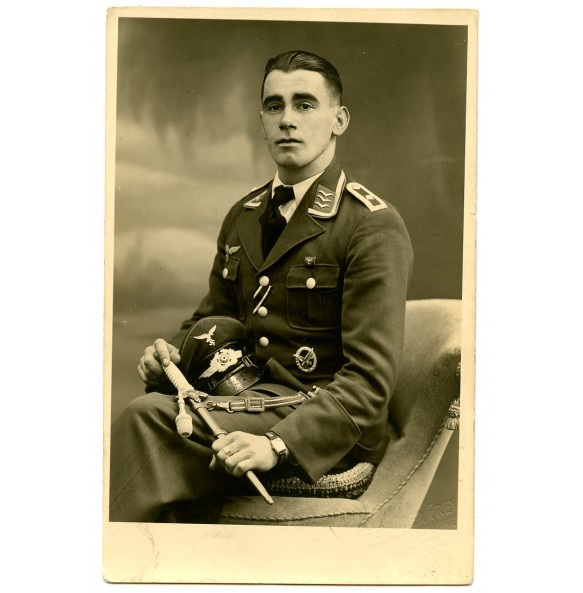 Portrait Luftwaffe NCO RO/AG with dagger