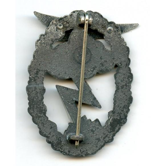 """Luftwaffe ground assault badge by Gebr. Wegerhoff """"GWL"""""""