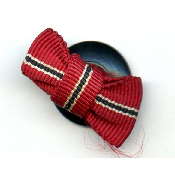 East front medal bow ribbon bar