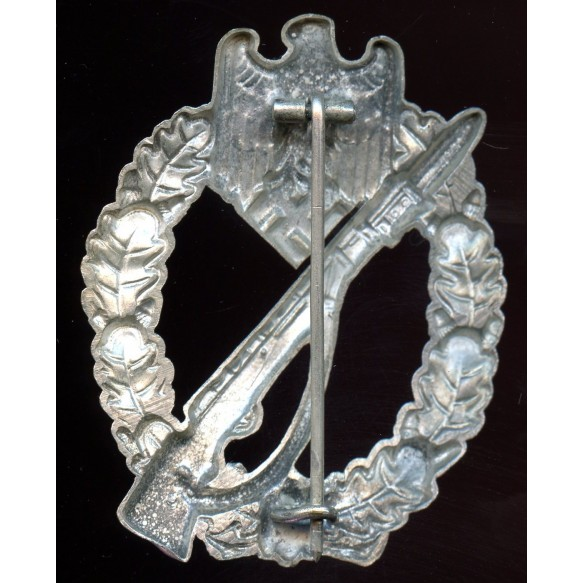 Infantry assault badge in silver by Schauerte & Höhfeld