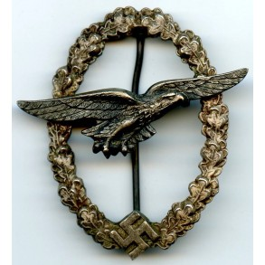 Luftwaffe glider pilot badge by C.E. Juncker