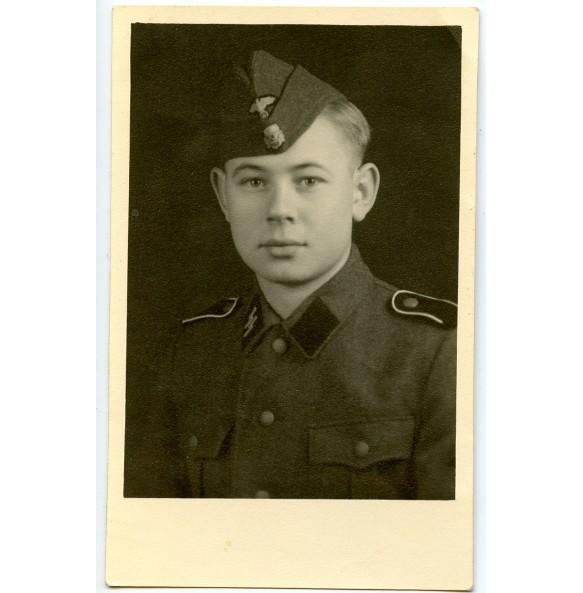 SS Schütze portrait photo