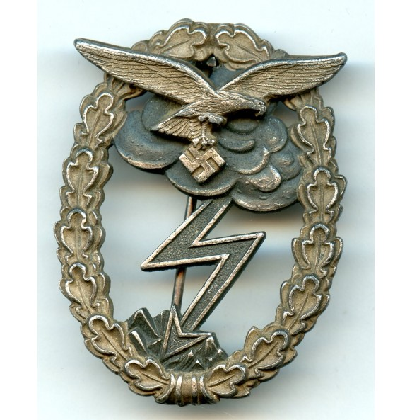 "Luftwaffe ground assault badge by G. Brehmer ""G.B."""