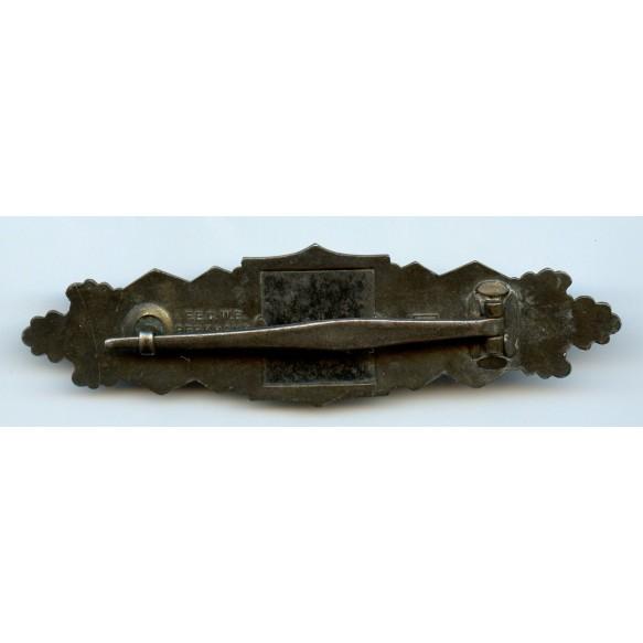 Close combat clasp in bronze by Josef Feix, 2nd pattern