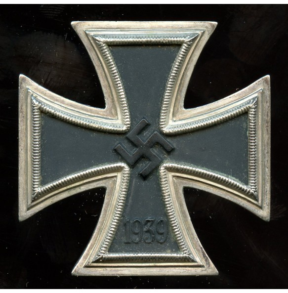 Iron cross 1st class by F. Orth with RS frame, non magnetic!