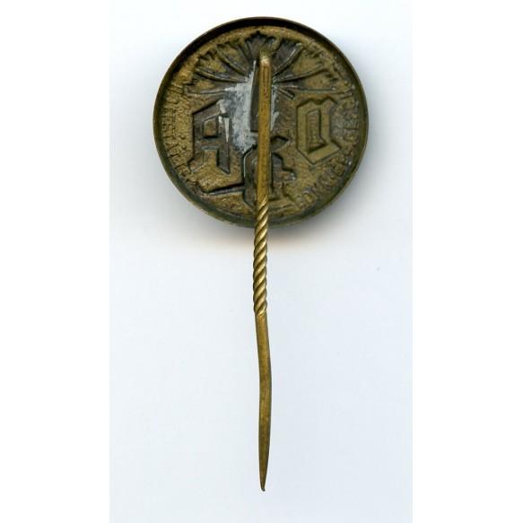 VDA membership pin by Hoffstätter, Bonn