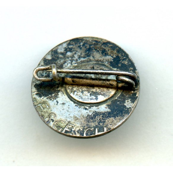 """Party slogan pin """"Deutschland Erwache"""", small variant."""