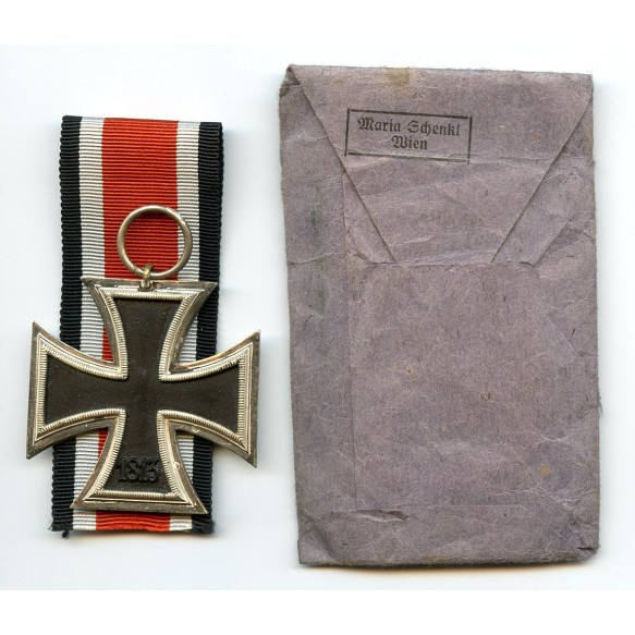Iron cross 2nd class by Maria Schenkl + package
