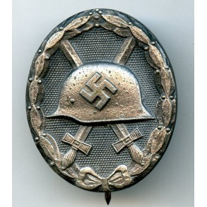 """Wound badge in silver by F. Orth """"L/14"""""""