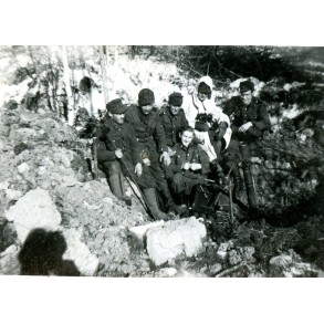 2 private snapshots SS mortar team 20.3.42