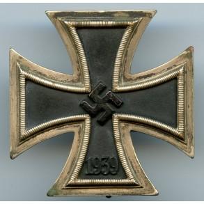 """Iron cross 1st class by C.E. Juncker """"L/12"""""""