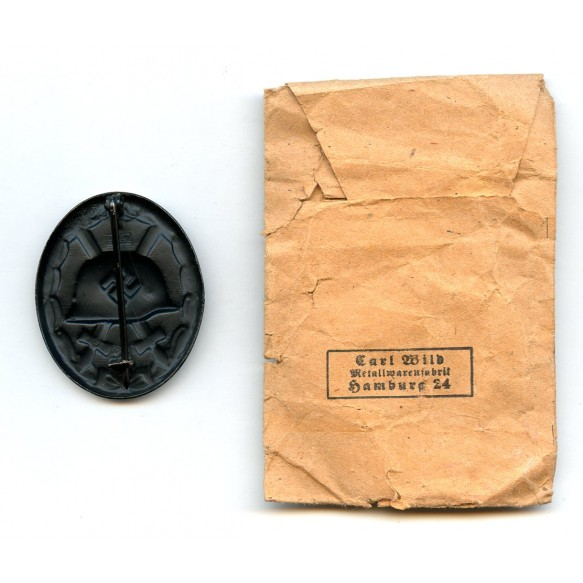 Wound badge in black by Carl Wild + package
