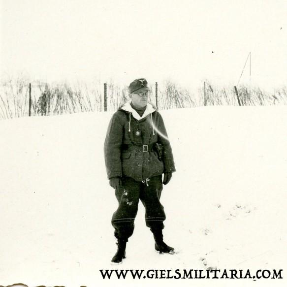 Lot 5 private Luftwaffe winter photos, winter uniforms