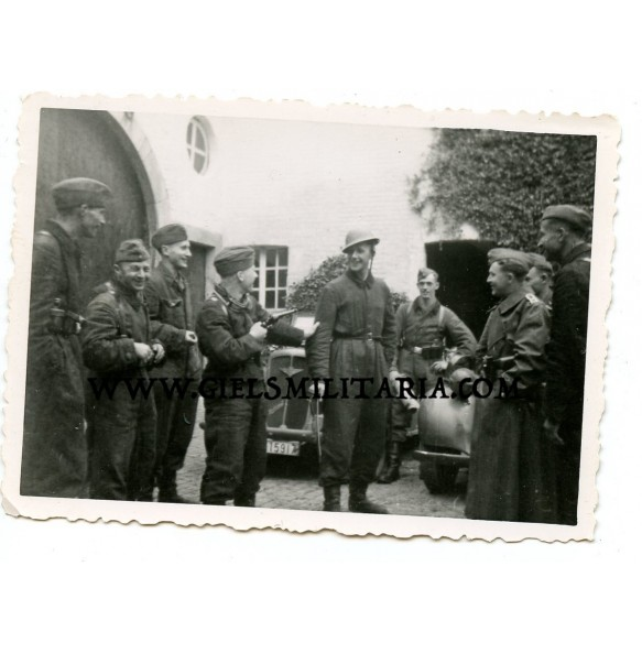 Private photo captured English soldier 1940