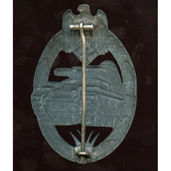 """Panzer assault badge in silver F.A. Assmann & Söhne """"A"""" Cut out grass"""