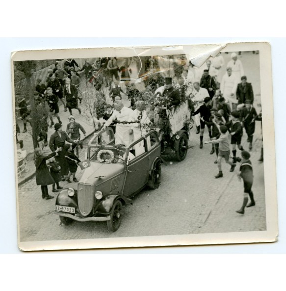 Private photo of Reichsleiter Dr. Robert Ley in parade