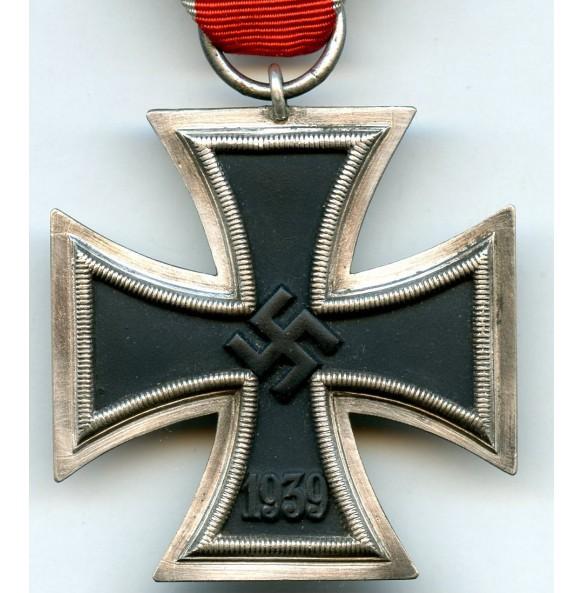 """Iron cross 2nd class by Julius Maurer """"138"""""""