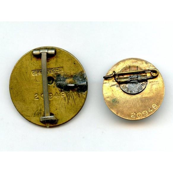 Golden party pin set #20948.