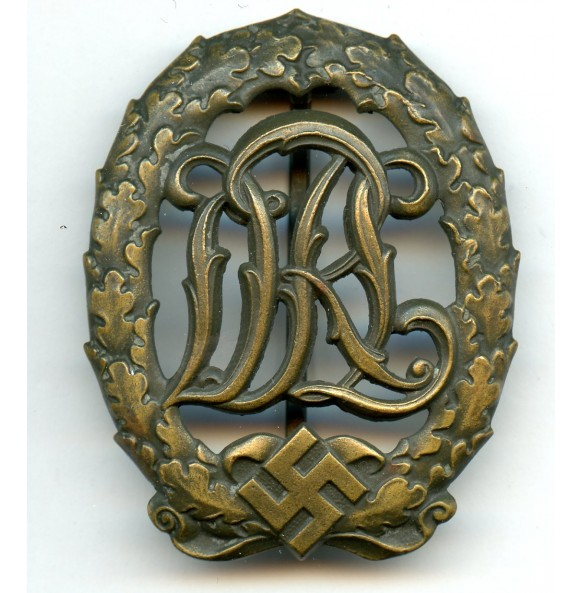DRL sport badge in bronze by unknown maker