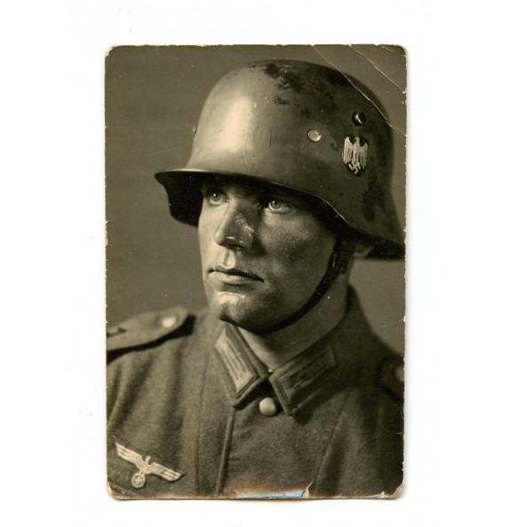 Small portrait with Wehrmacht M18 helmet