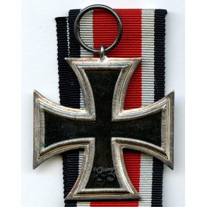 Iron cross 2nd class by Wilhelm Deumer, non magnetic Schinkel