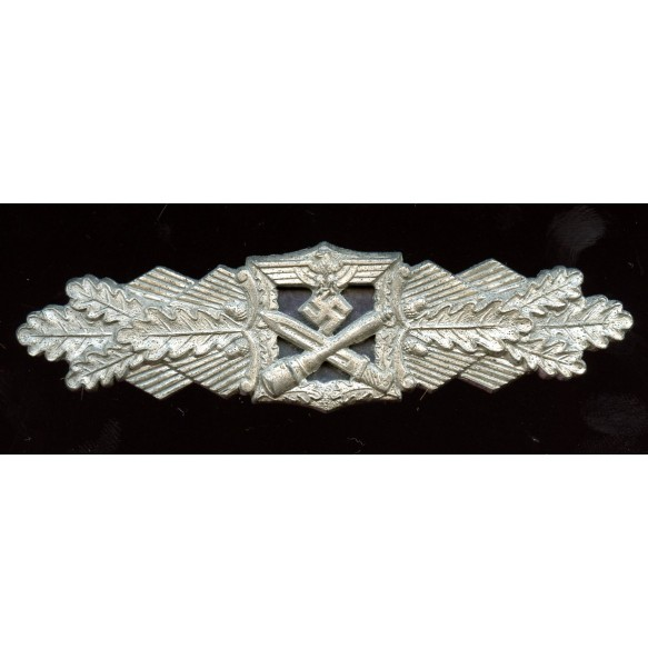 Close combat clasp in silver by AGMuK, 1st pattern