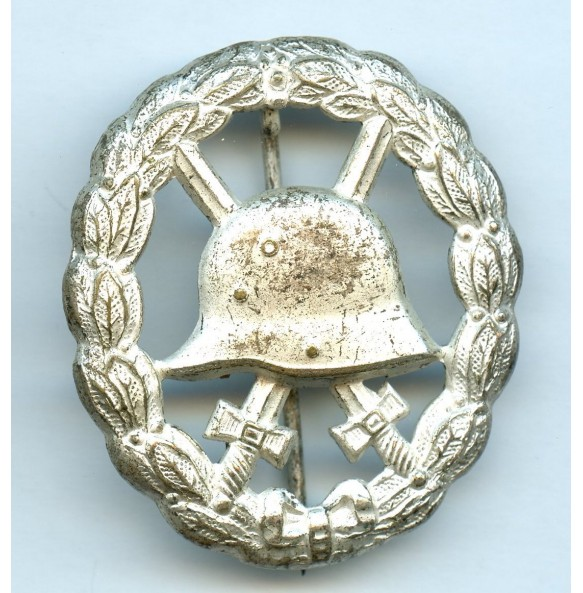WW1 wound badge in silver, cut out variant