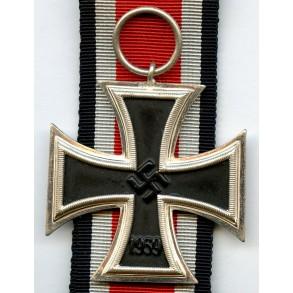 "Iron cross 2nd class by W.Demer ""Schinkelform"" glossy core type"