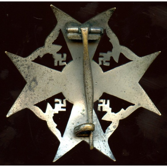 Spanish cross in silver w/o swords by early unknown maker