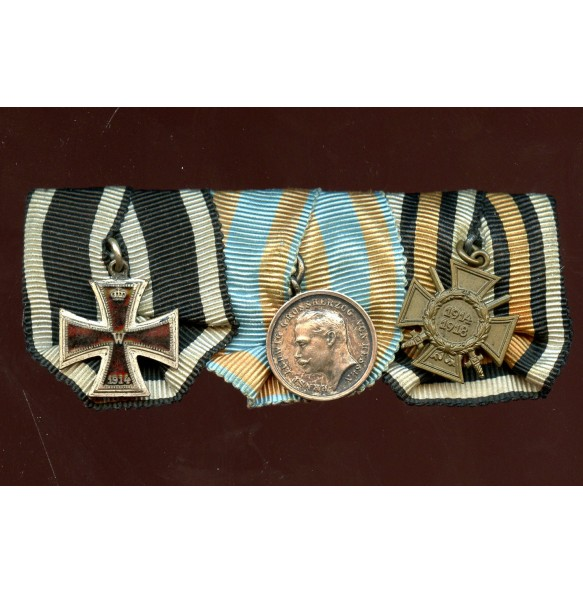 WW1 miniature medal bar with enamelled iron cross