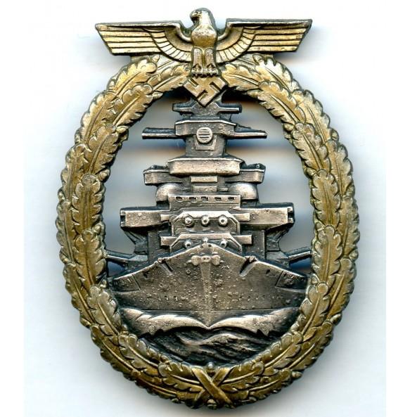Kriegsmarine High Seas fleet badge by Schwerin Berlin