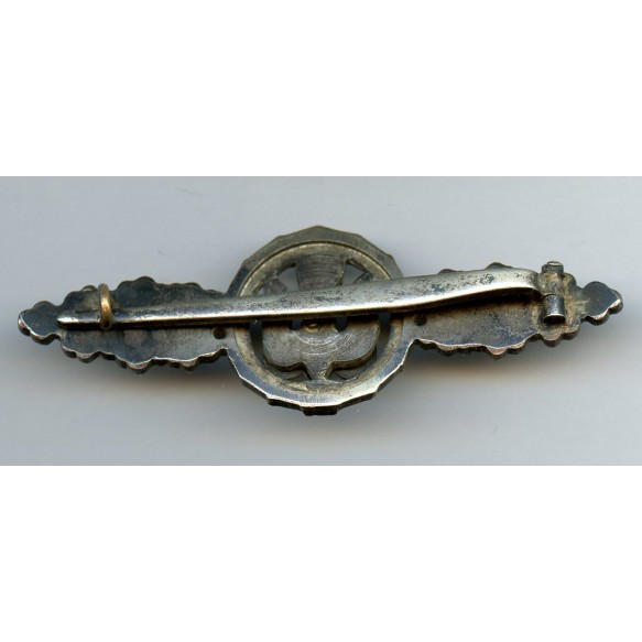 Luftwaffe bomber clasp in silver by C.E. Juncker