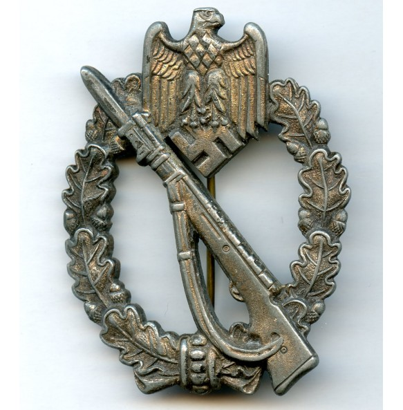 "Infantry assault badge in silver ""M.K."" in triangle"