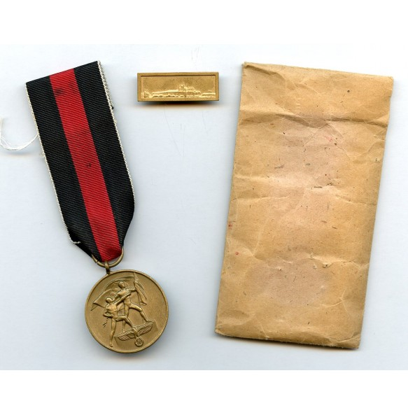 Czech annexation medal with Prague bar and package