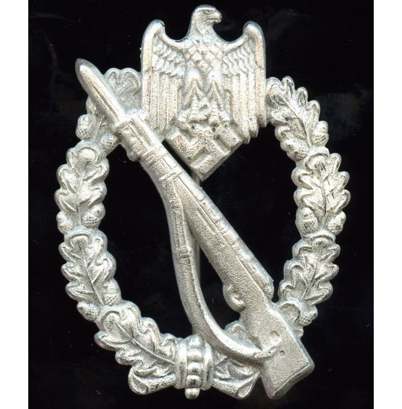 Infantry assault badge in silver by Brüder Schneider A.G.
