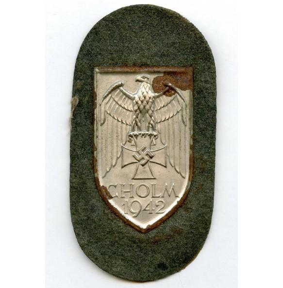 "Cholm shield ""long M"""