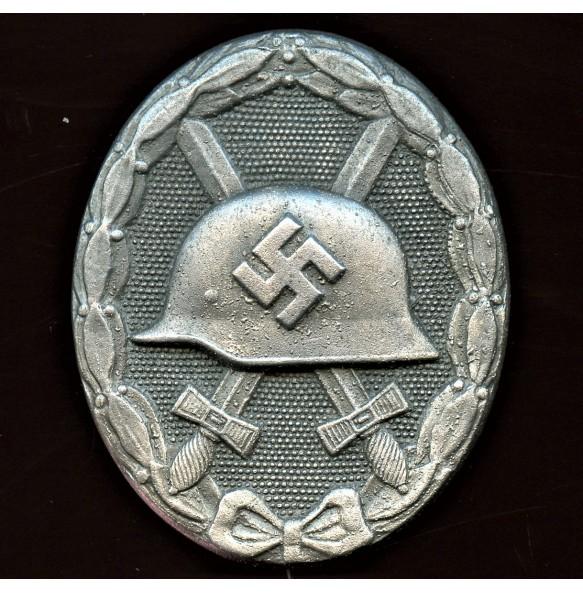 """Wound badge in silver by Wilhelm Deumer """"L/11"""""""