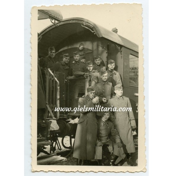 """Private photo SS-VT """"Nürnberg troops on train wagon"""