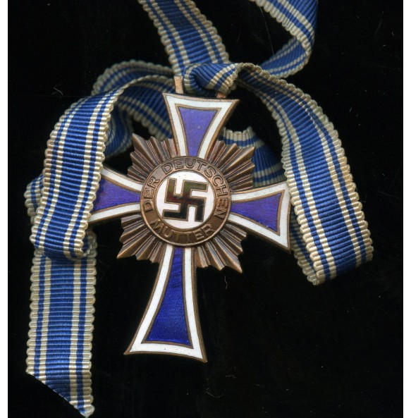 Mother's Cross in bronze