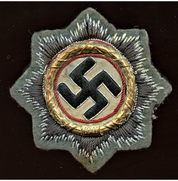 German cross in gold, cloth variant for army troops