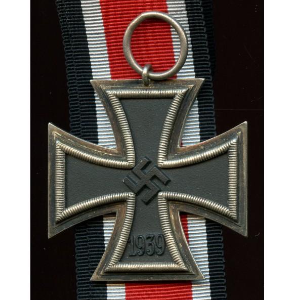 Iron Cross 2nd class by Fritz Zimmermann, 1st pattern core and frame