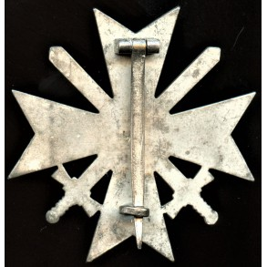 "War merit cross 1st class by Wilhelm Deumer ""L/11"""