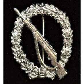 1957 Infantry assault badge by Steinhauer & Lück