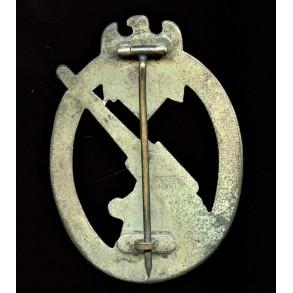 Army flak badge by C.E. Juncker, Berlin