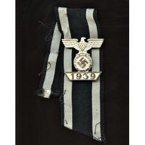 Iron cross clasp 2nd class by Wilhelm Deumer