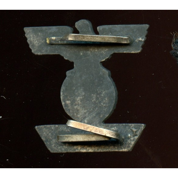 Iron cross 2nd class clasp by A. Rettenmaier.