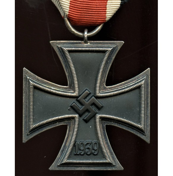 Iron cross 2nd class by Klein & Quenzer A.G. early variant!