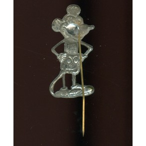"Period pin ""Mickey Mouse"", used as unit pin"