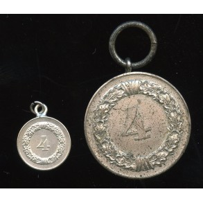Army / Luftwaffe 4 year service medal + miniature